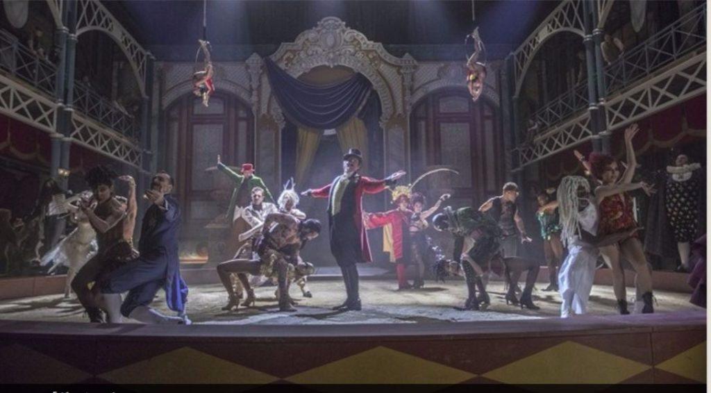 なんと、2018年2月に劇場公開された映画The Greatest Showman(グレイテスト・ショーマン)が早くもAmazonでレンタル できる!インターネットで観ることができるのだ。